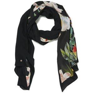 Ted Baker OPULENT BLOOM scarf